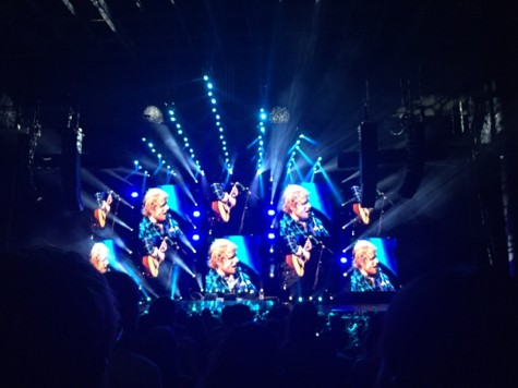 Sheeran uses explosive graphics of himself multiple times in the background.