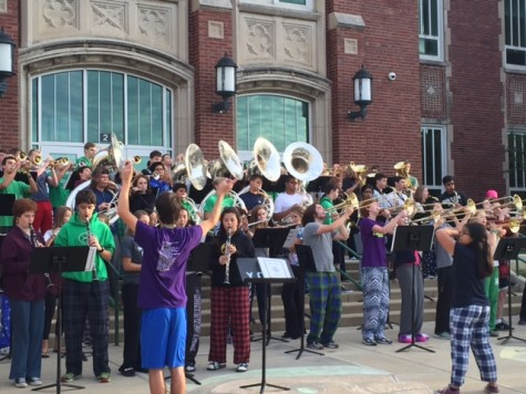 York Band gets Homecoming party started