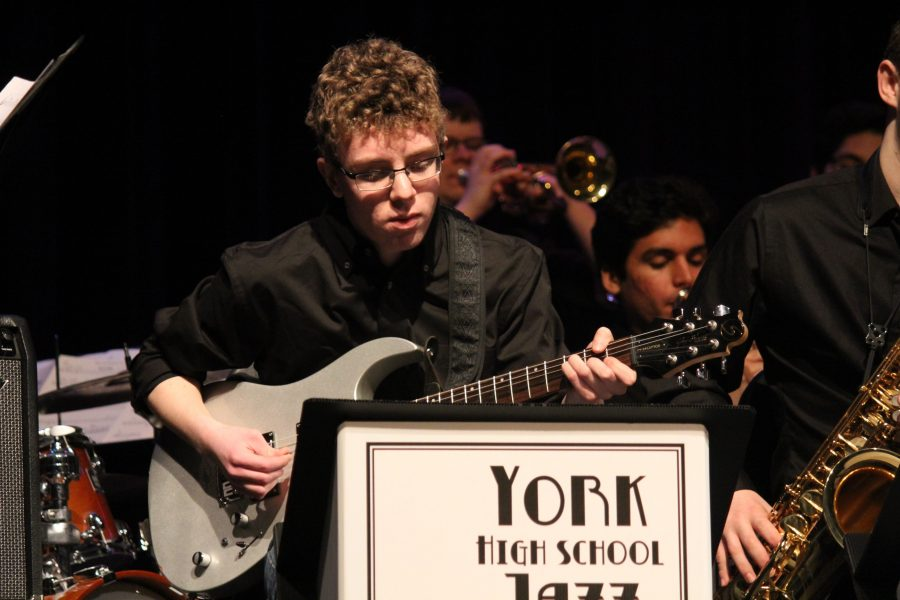 York%27s+A+Capella+choir+and+Jazz+Band+finish+off+Day+3+of+FAW