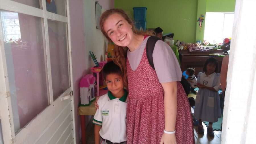 Cambria+Khayat+smiles+with+one+of+her+english+students+at+an+orphanage+in+Chiapas%2C+Mexico.+