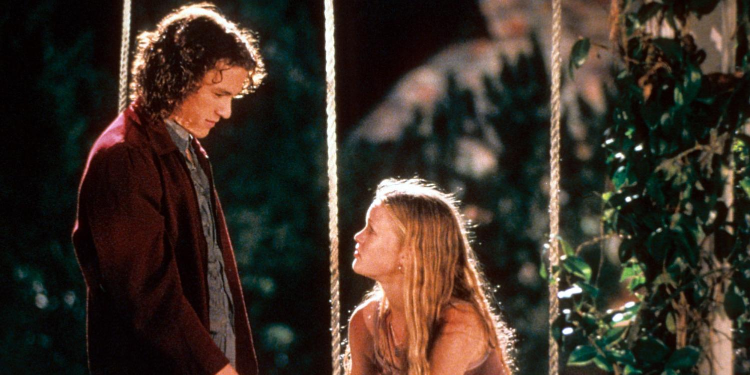 Patrick and Kat, played by Heath Ledger and Julia Stiles, share a moment together in