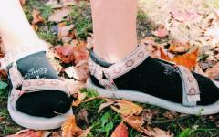 Sophomore Maggie Clink starts a footwear revolution