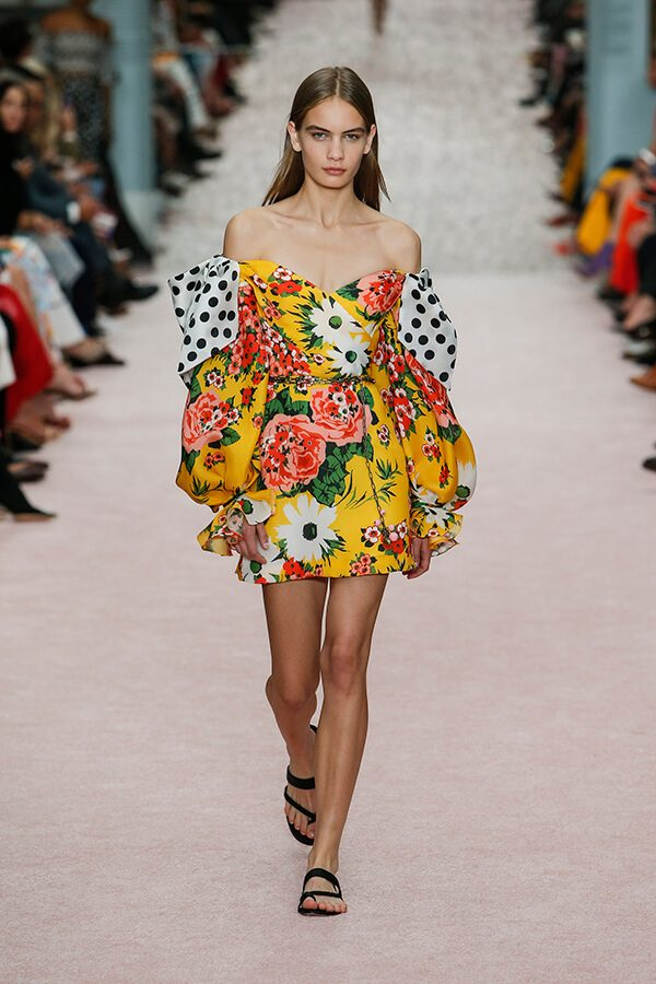 Carolina+Herrera+was+not+afraid+of+prints+or+color+this+year+as+she+paired+them+together+while+presenting+her+spring+2019+line.+