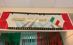 Italian club remains reigning hallway decorations champions despite intense competition with Spanish club