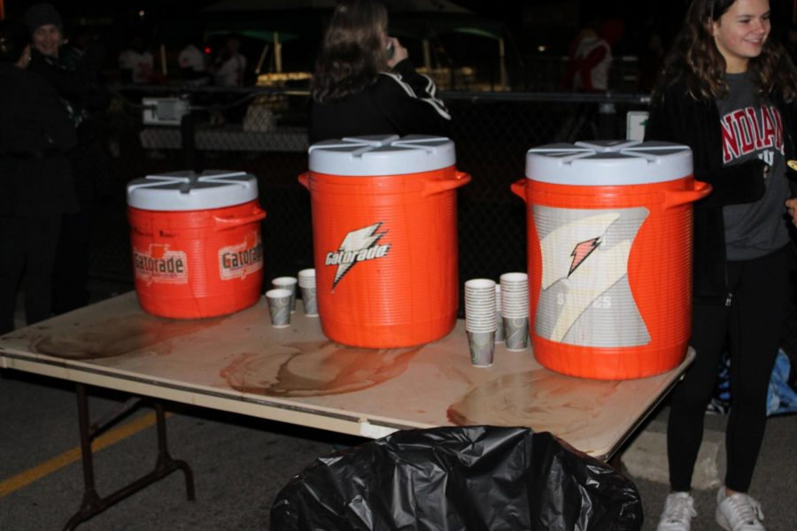 Student+Council+had+three+large+containers+of+hot+chocolate+ready+for+distribution+before+the+Dukes+took+on+OPRF.