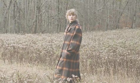 """Taylor Swift continues her pop-folk chapter with surprise sister album """"evermore"""" (review)"""