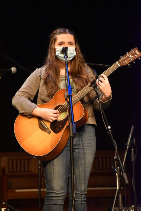 During the first week of March, the York Live student musicians pre record their pieces. Junior Elle Jacobsthal accompanied her vocals on the guitar with Billie Eilish's