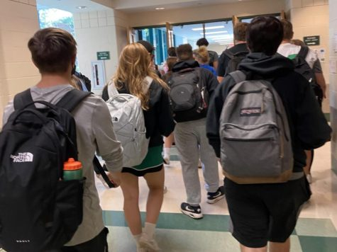 """Many of the school's intersections can get overly crowded with students during passing periods. """"I would look at the room numbers, ask the upperclassmen for directions and look at the numbers because the first number is the floor the room is on,"""" junior Lily Rennick said."""